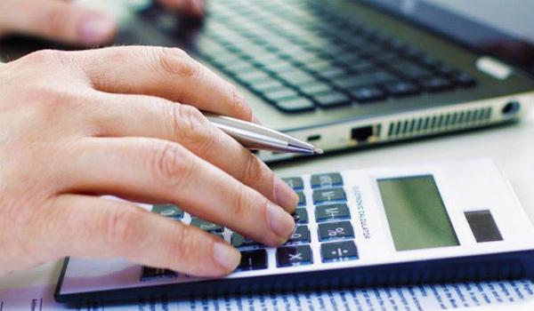 wyceń izamów online wizytówki, broszury, naklejki, ulotki